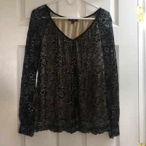 Black w/ Silver Floral Laced Long-Sleeve Blouse
